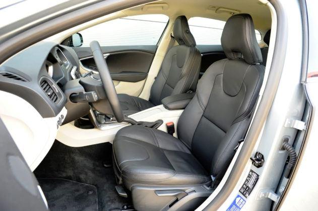 Volvo V40 - fotel kierowcy