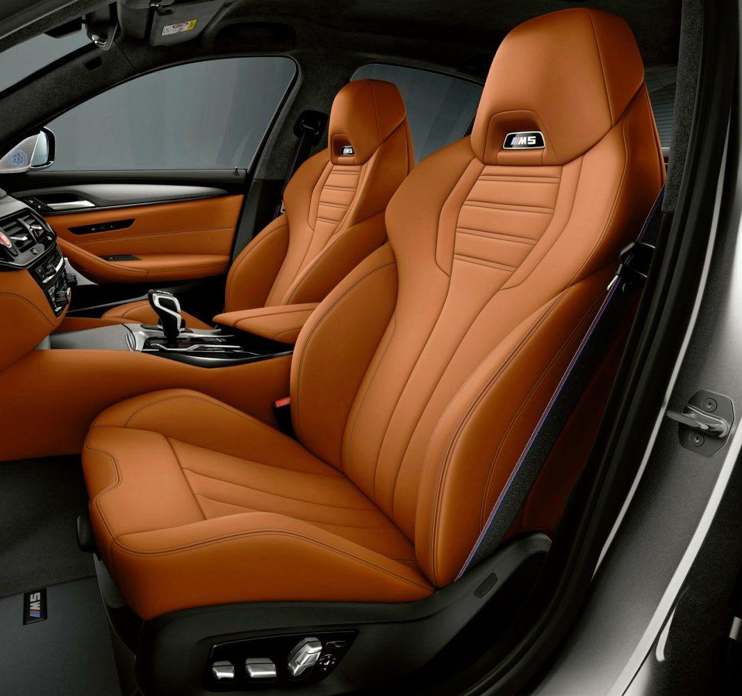 BMW M5 Competition - fotel kierowcy