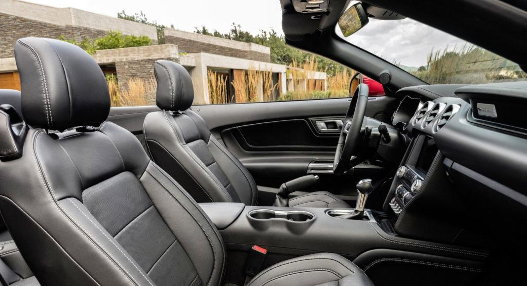 Ford Mustang FL Convertible - fotel pasażera