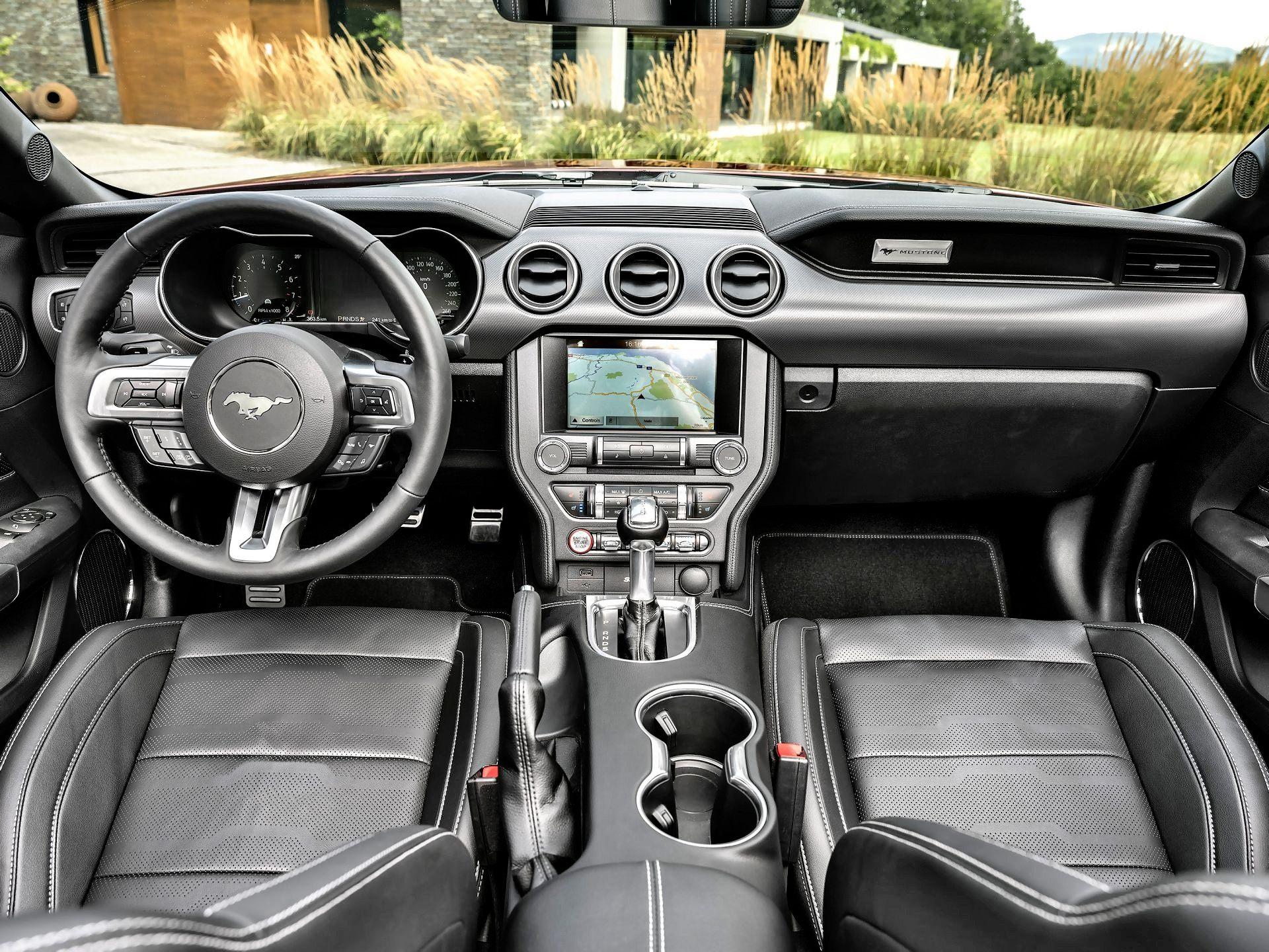 Ford Mustang - deska rozdzielcza