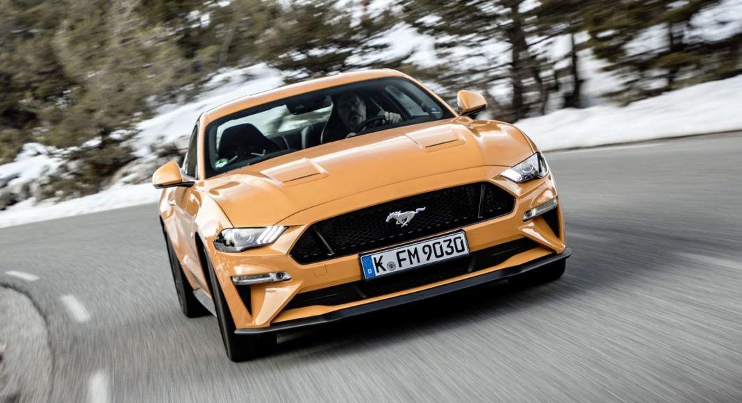 Ford Mustang FL - przód