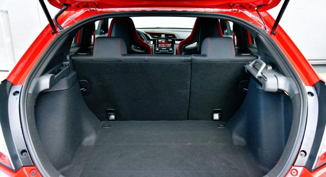 Honda Civic Type R - bagażnik