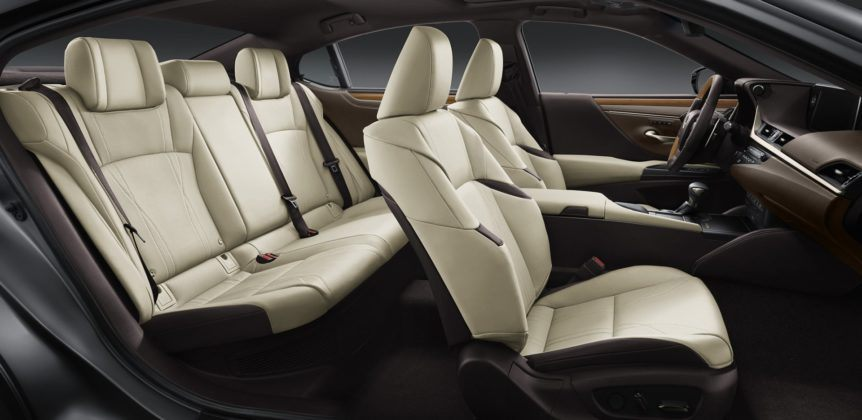 Lexus ES (2019) - wnętrze