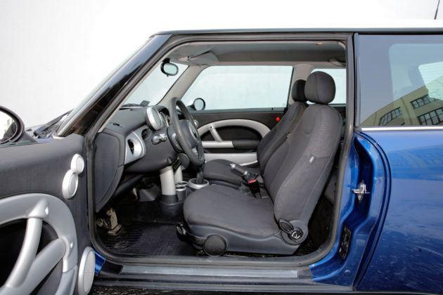 Mini Cooper - fotel kierowcy