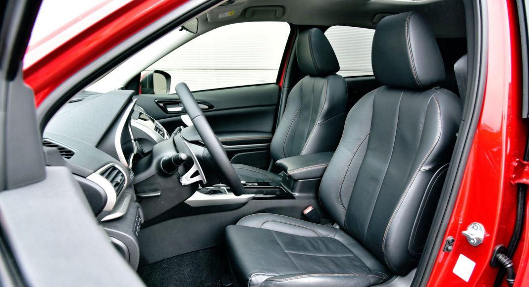 Mitsubishi Eclipse Cross - fotel kierowcy