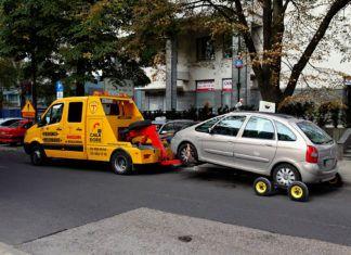 Mandat za złe parkowanie. Za co można go dostać i na jaką kwotę?
