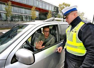 Bez prawa jazdy po polskich drogach. Zupełnie legalnie