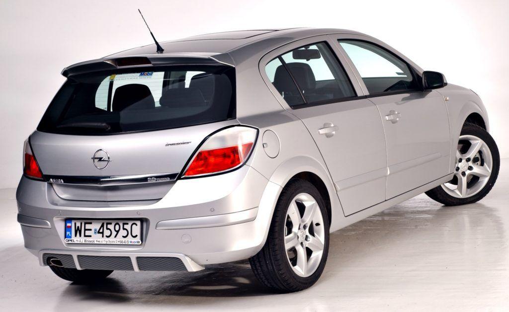Opel Astra III 2.0 T
