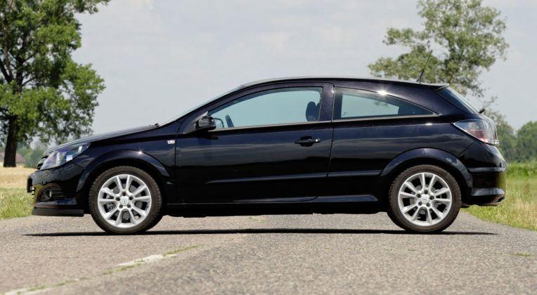 Opel Astra III hatchback 3d (GTC)
