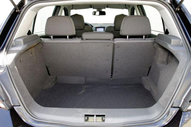 Opel Astra III - bagażnik