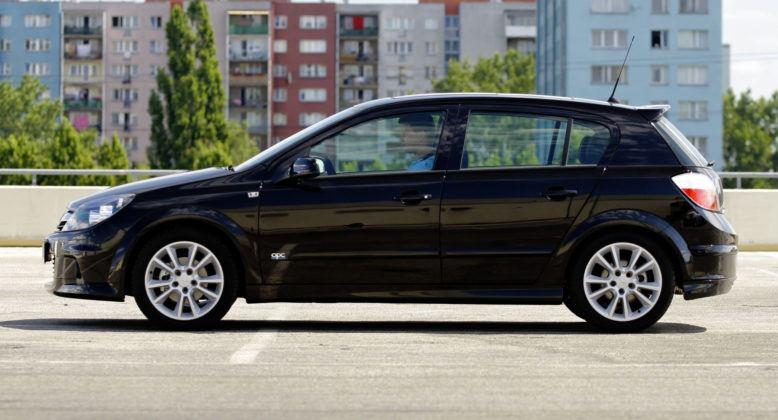 Opel Astra III - bok