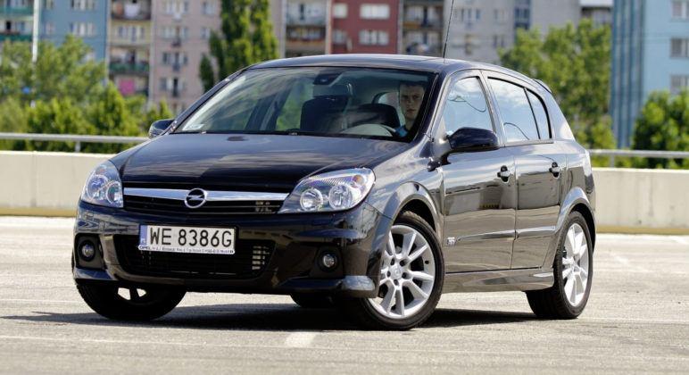 Opel Astra III - przód