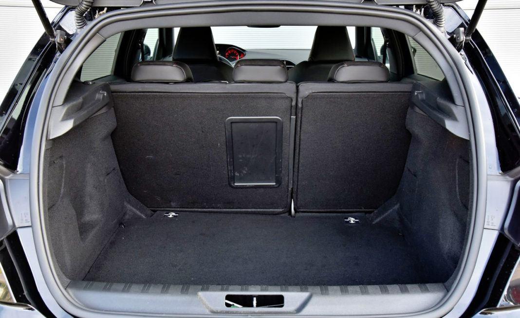 Peugeot 308 GTi - bagażnik