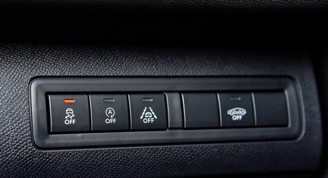 Peugeot 308 GTi - przyciski