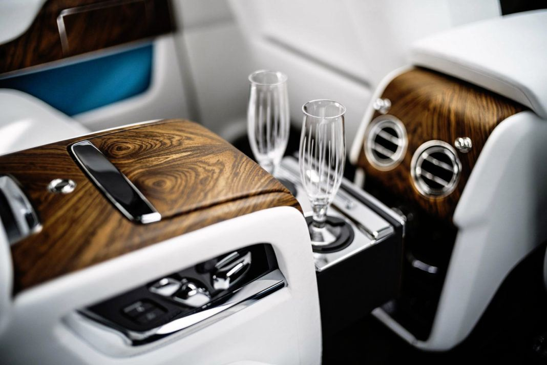 Rolls-Royce Cullinan - kieliszki