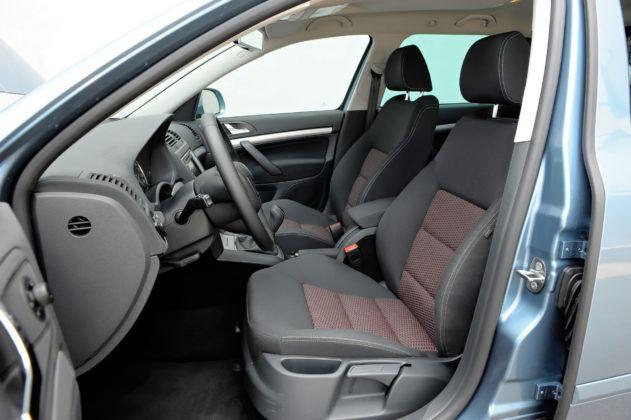 Skoda Octavia II - fotel kierowcy