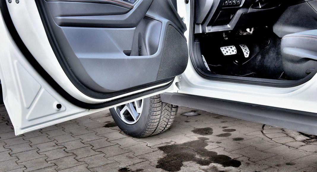 Subaru XV - próg