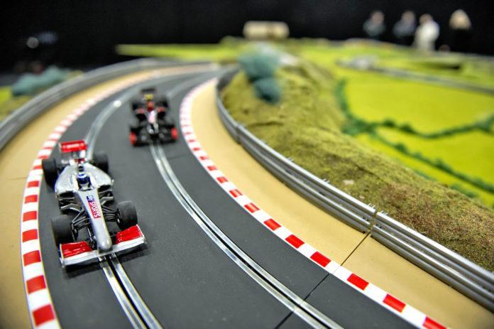 Tory wyścigowe - otwierające
