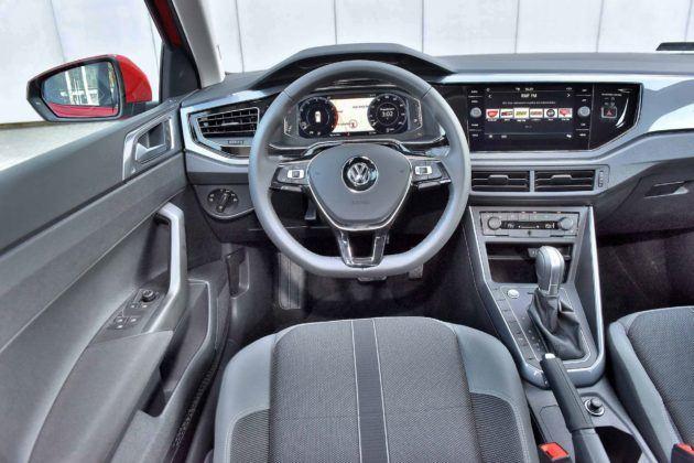 Volkswagen Polo - deska rozdzielcza