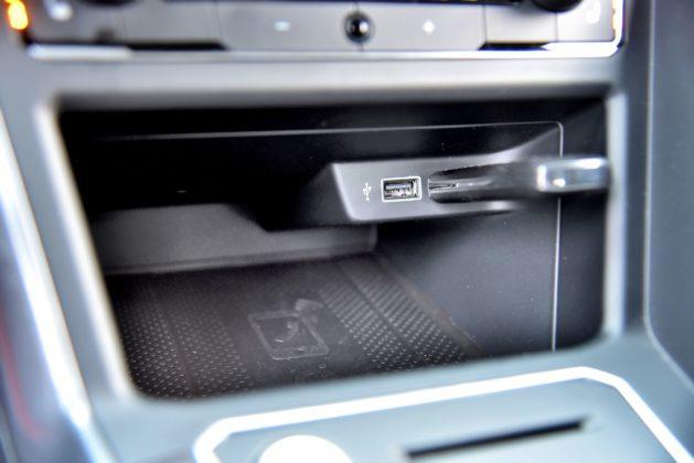 Volkswagen Polo - porty USB