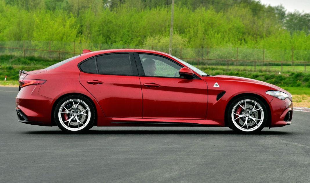 Alfa Romeo Giulia Quadrifoglio - bok