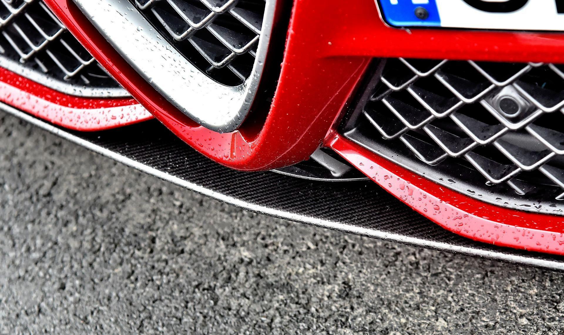 Alfa Romeo Giulia Quadrifoglio - dokładka