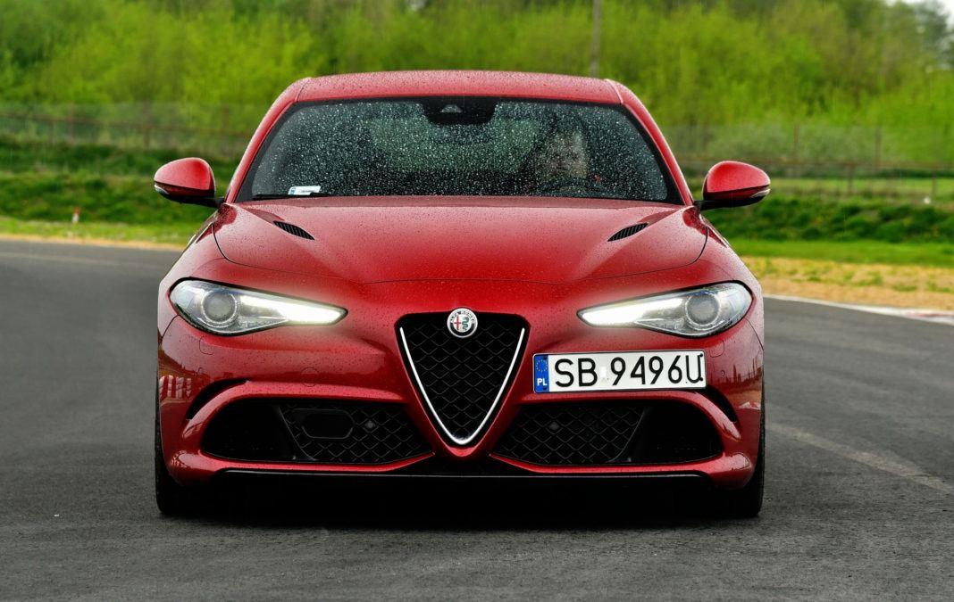 Alfa Romeo Giulia Quadrifoglio - przód