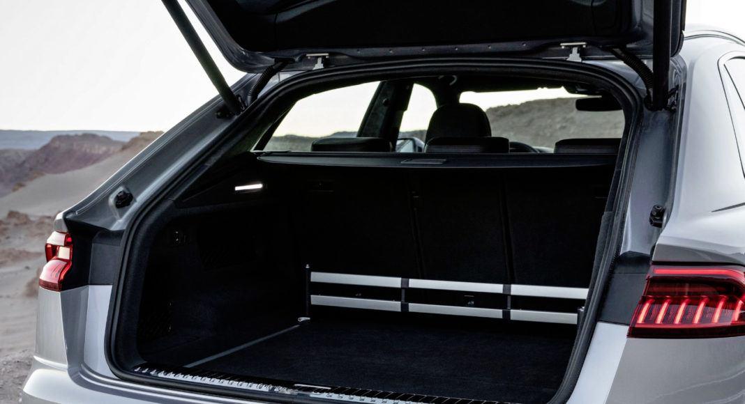 Audi Q8 - bagażnik
