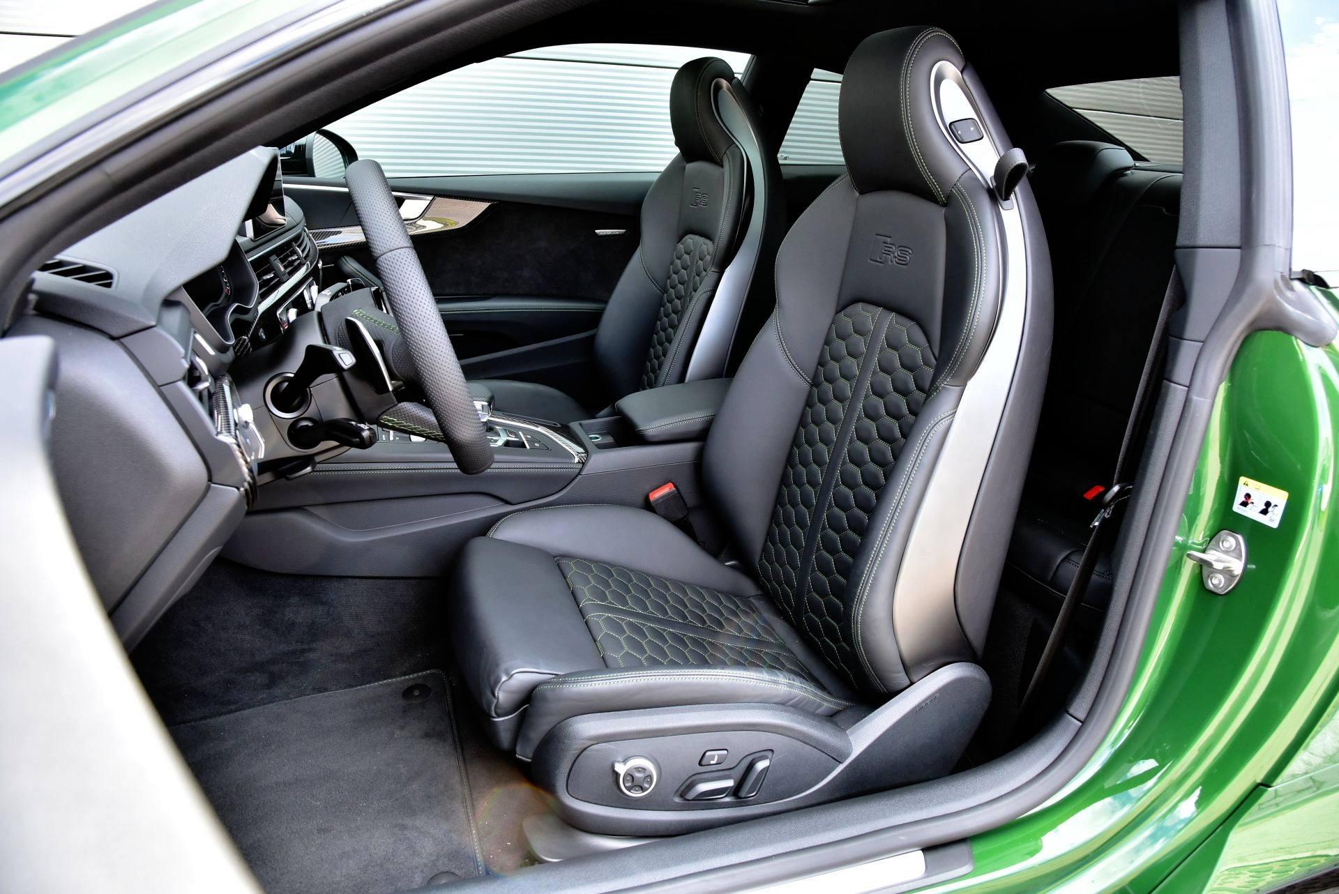 Audi RS 5 - fotel kierowcy