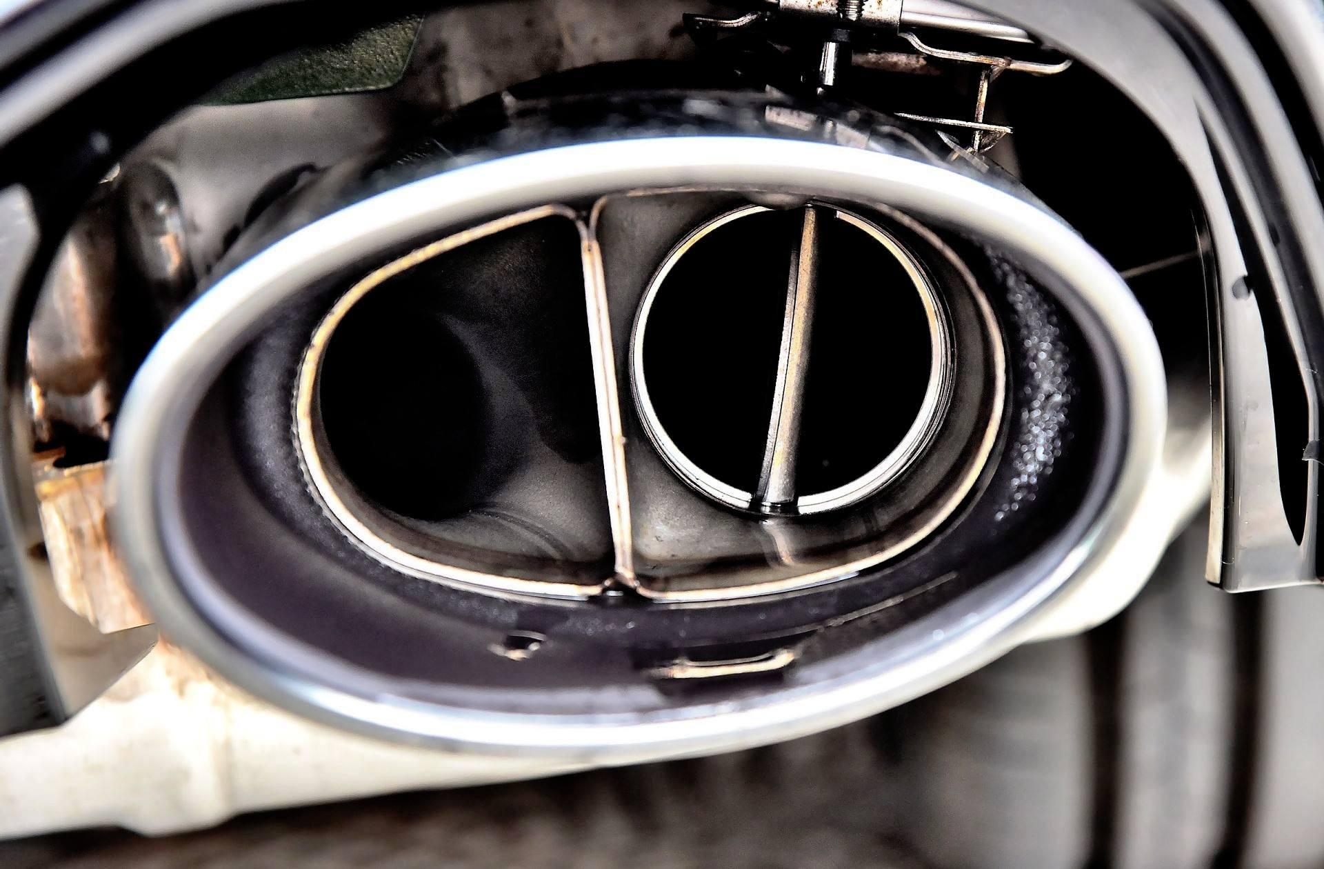 Audi RS 5 - tłumik