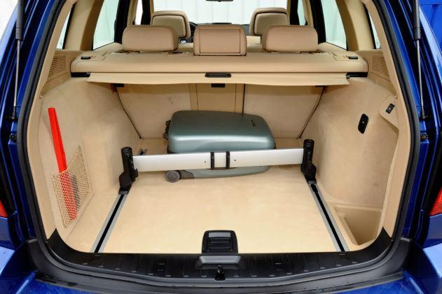 BMW X3 E83 - bagażnik