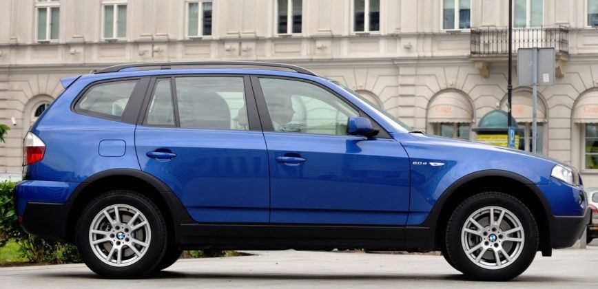 BMW X3 E83 - bok