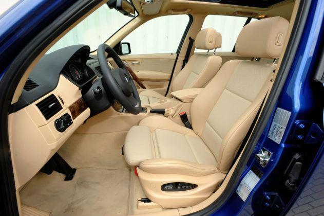 BMW X3 E83 - fotel kierowcy