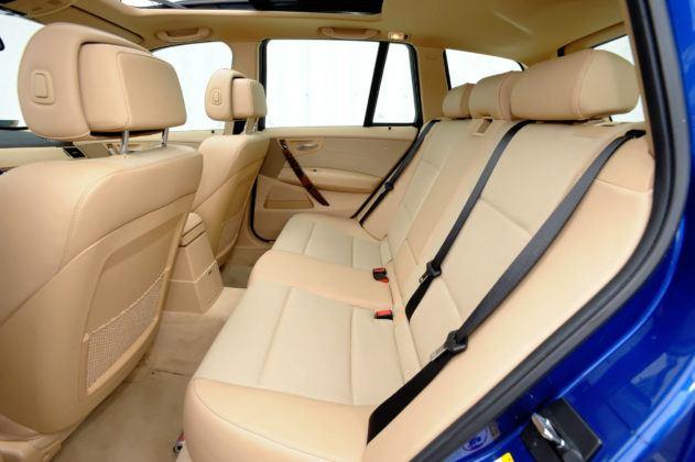 BMW X3 E83 - tylna kanapa