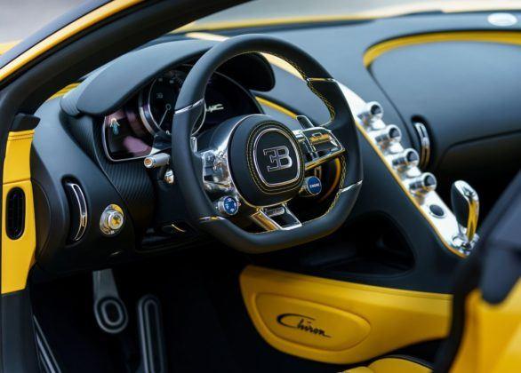 Bugatti Chiron - deska rozdzielcza