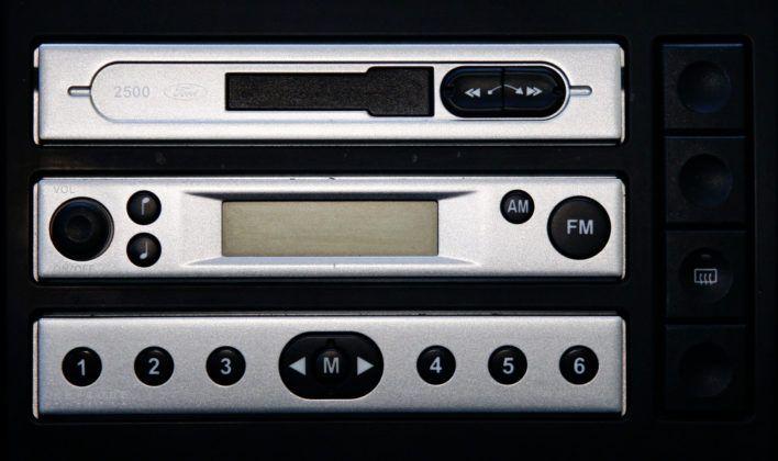 Używany Ford Fusion - fabryczne radio