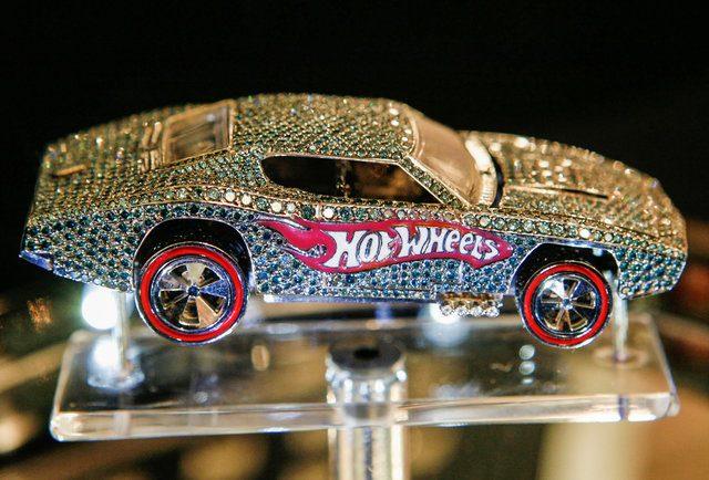 Hot Wheels diamenty