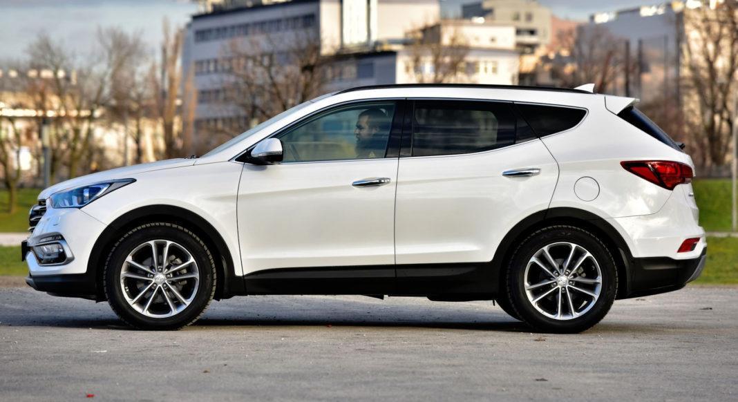 Hyundai Santa Fe - bok