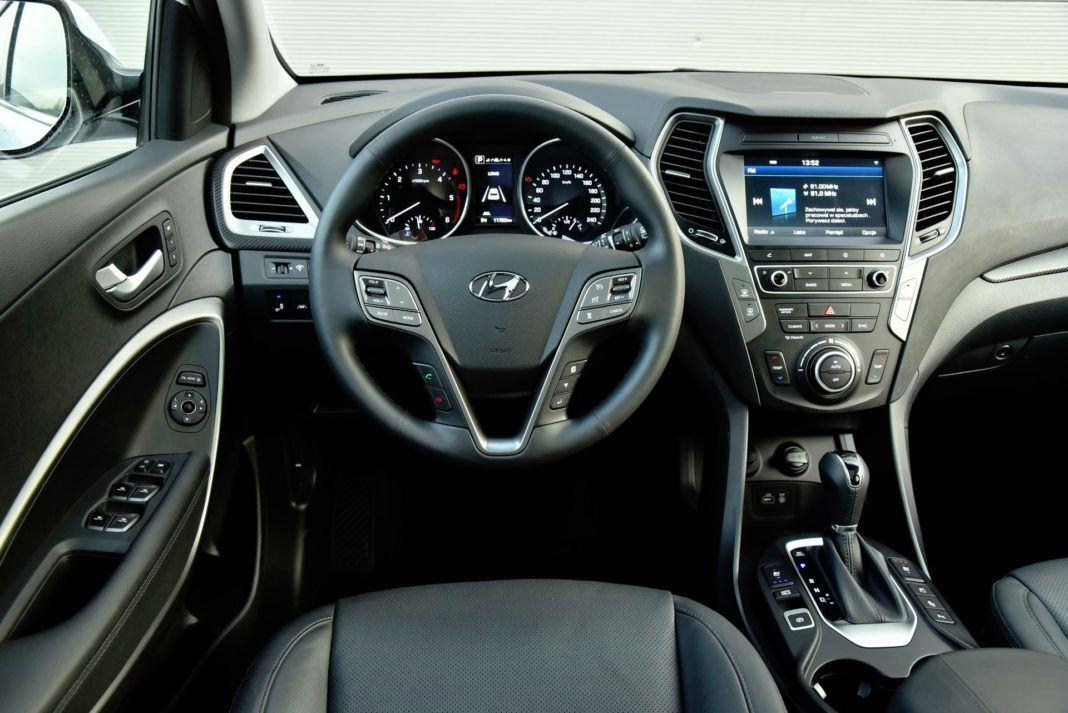 Hyundai Santa Fe - deska rozdzielcza