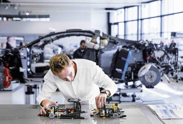 Lego Technic Bugatti Chiron - montaż