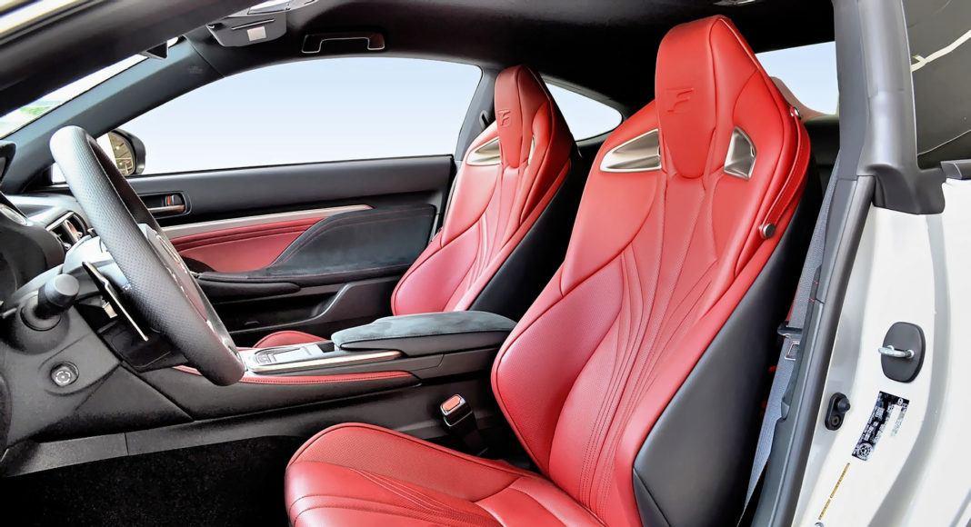 Lexus RC F - fotel kierowcy