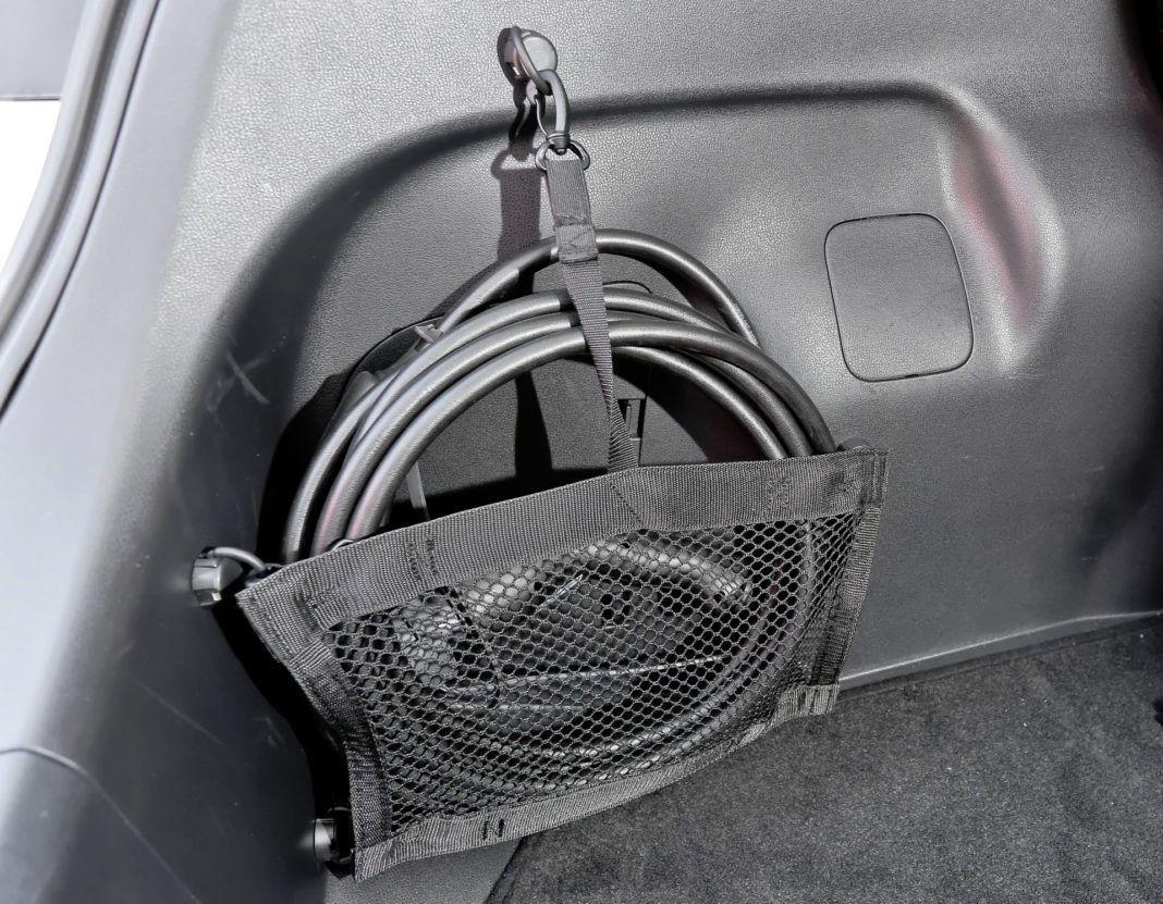 Nissan Leaf - kable