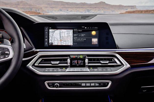 Nowe BMW X5 - ekran centralny