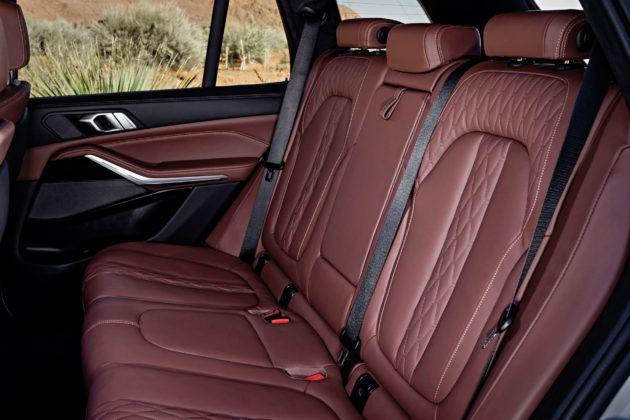 Nowe BMW X5 - tylna kanapa