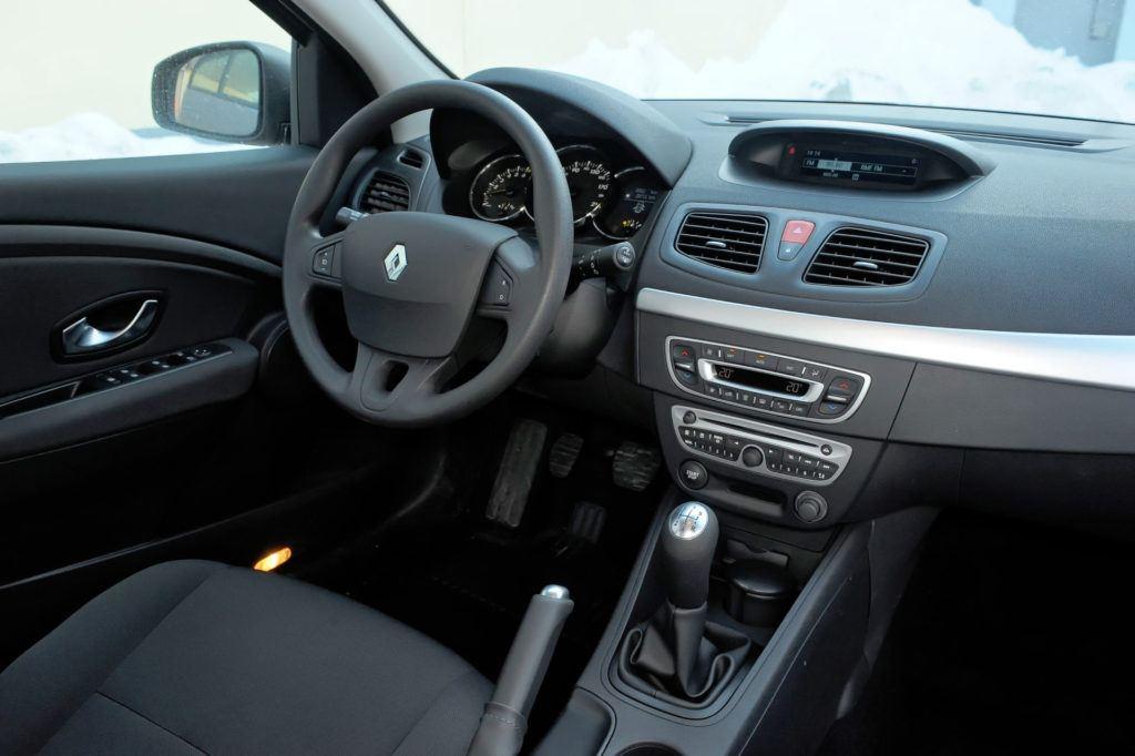 Renault Fluence - deska rozdzielcza