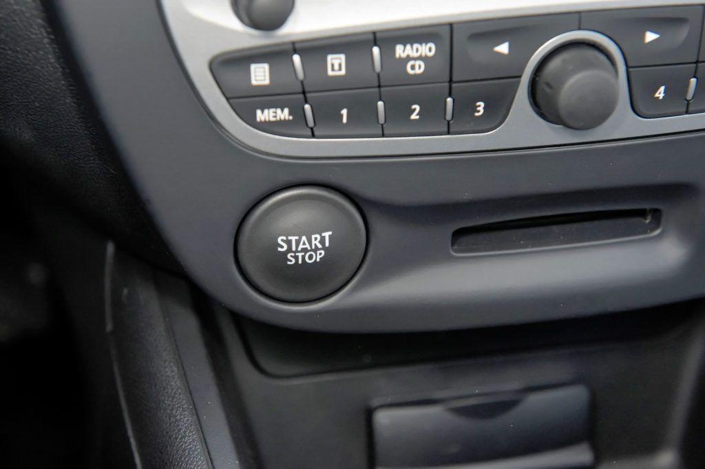 Renault Fluence - system bezkluczykowy
