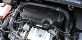FORD Focus III 1.0EcoBoost 125KM 6MT WE656CY 08-2012