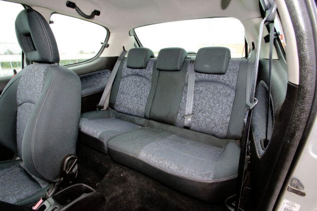 Używany Peugeot 206 - kanapa