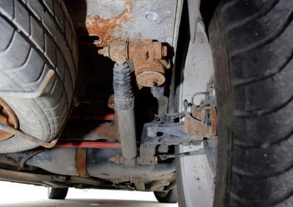 Używany Peugeot 206 - zawieszenie tylne