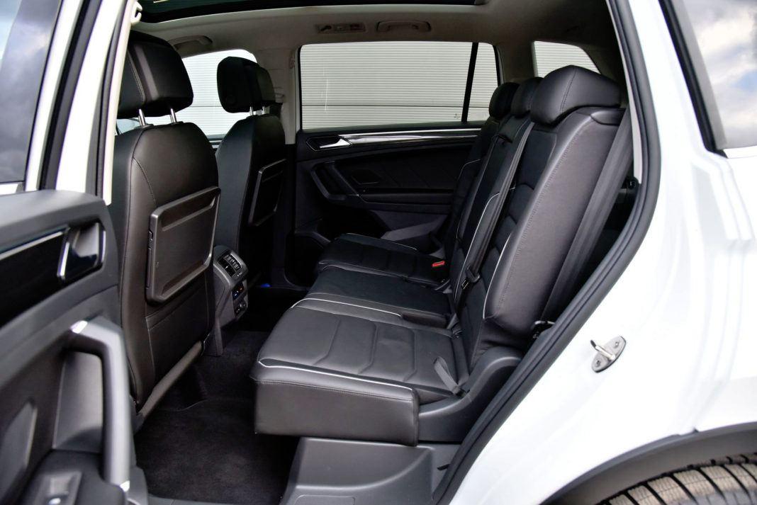 Volkswagen Tiguan - tylna kanapa
